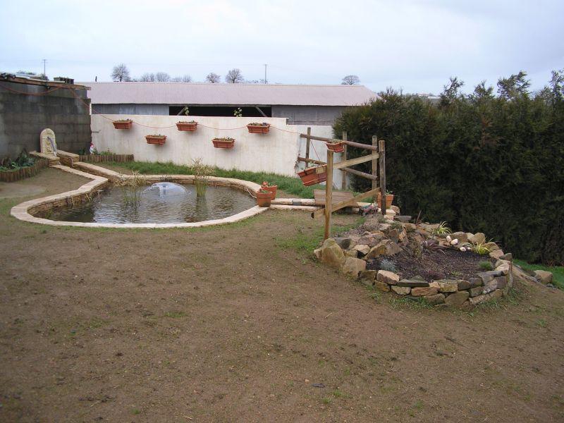 Au jardin paysag deux bassin avec cascade for Bassin jardin avec cascade